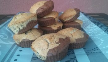 Magdalenas veganas bicolor con chocolate y nueces