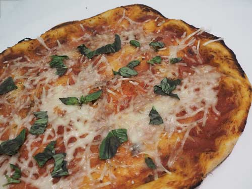 Receta con fermentación lenta para preparar la mejor pizza