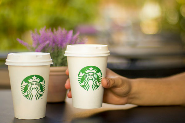 Starbucks tendrá nuevas bebidas vegetales para veganos