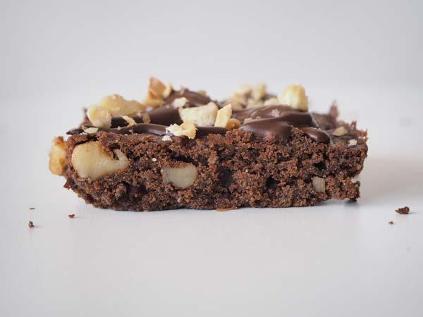 Cómo preparar un brownie de chocolate sin leche, sin mantequilla, sin lactosa y sin huevo