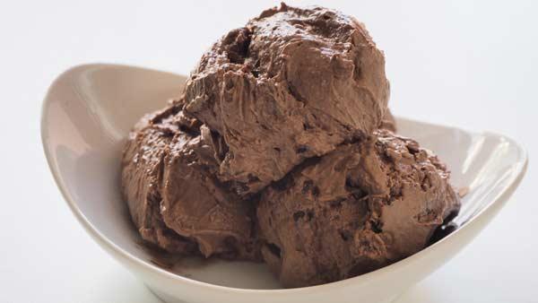 Cómo preparar helado vegetal de cacao