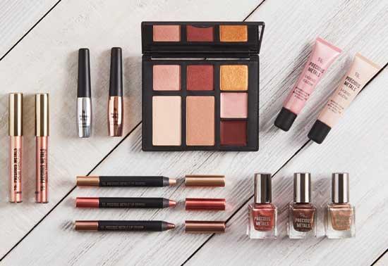 Set de productos de belleza Primark PS