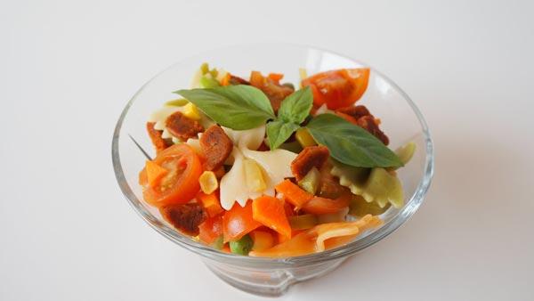 Ensalada de pasta sin gluten y sin lactosa