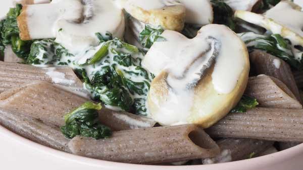 Pasta de trigo sarraceno y verduras sin lactosa y sin gluten