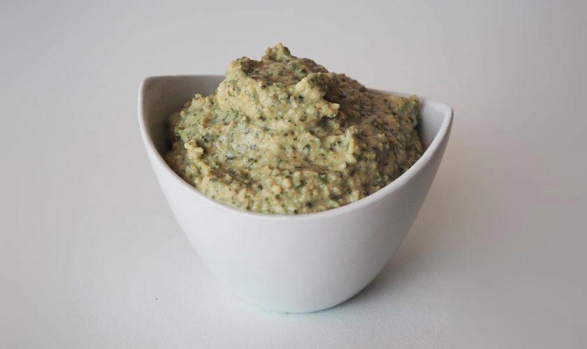 receta-vegana-hummus-de-kale-casero