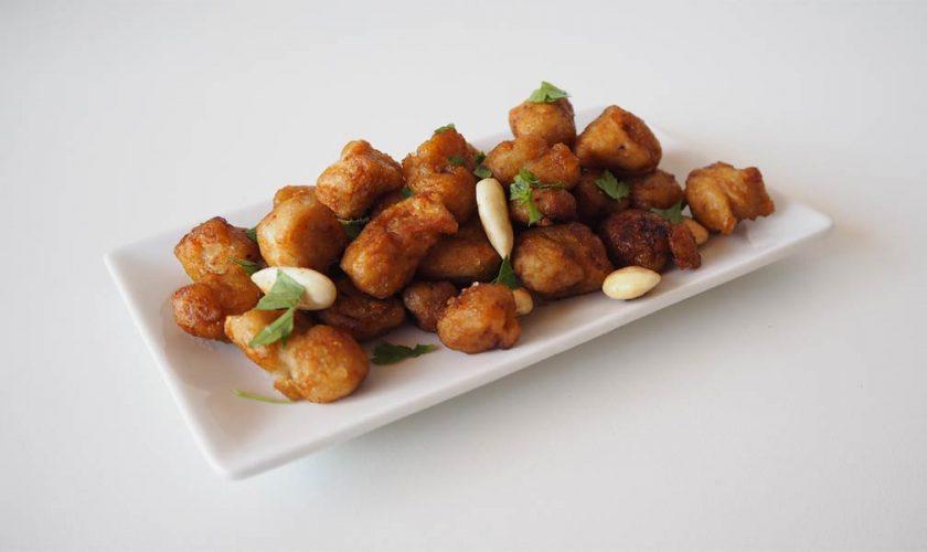 pollo-vegano-con-almendras