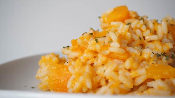 Cómo preparar un risotto con verduras