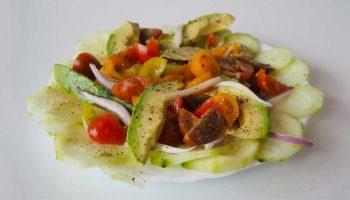receta-ensalada-aguacate-tomate