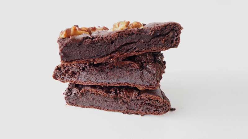 Brownie vegetal de palta y cacao sin aceite, margarina o mantequilla