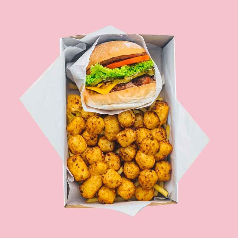 Neat Burger con croquetas
