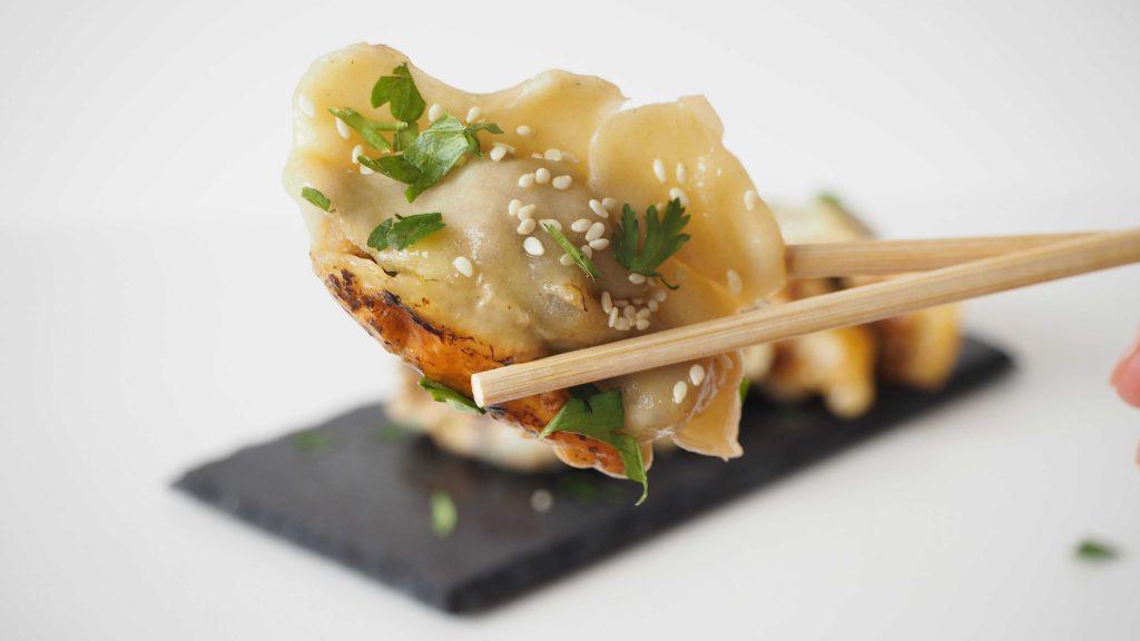 Empanadillas japonesas de shiitakes sin carne